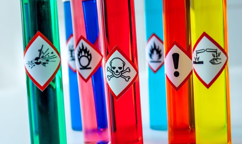 Quizz bases de la propreté - pictogramme danger produits d'entretien